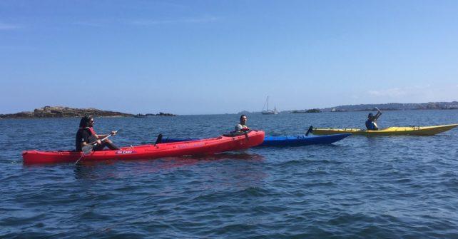 Sortie en Kayak le long de l'Île Callot sous un soleil radieux